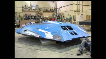 Watch the building of the almost life size Elite Dangerous Cobra MKIII